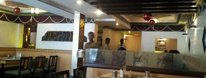 Zameendar Multicuisine Restaurant is one of Eateries at Shanthi Colony, Anna Nagar.