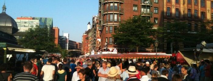 Hamburger Fischmarkt is one of Unsere TOP Empfehlungen für Hamburg.