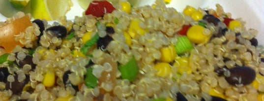 Lulu's Local Eatery is one of St. Louis food trucks.
