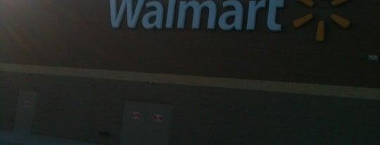 Walmart Supercenter is one of York College Student Hotspots.