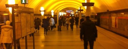 Метро «Ладожская» (metro Ladozhskaya) is one of Метро Санкт-Петербурга.