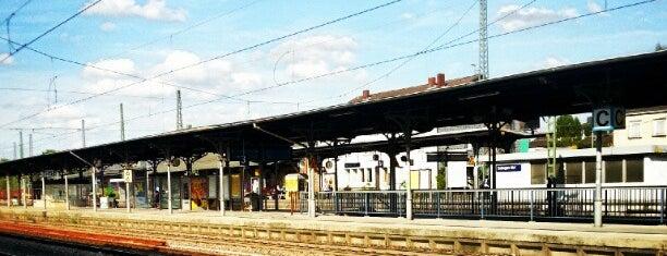Solingen Hauptbahnhof is one of Ausgewählte Bahnhöfe.
