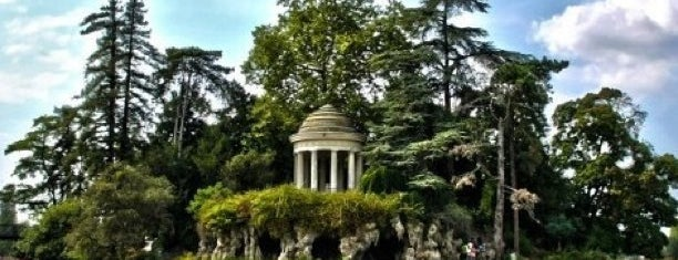 Bois de Vincennes is one of Parcs & Jardins de Paris.