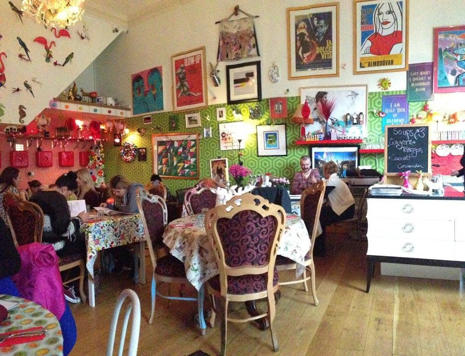 Foam Café & Gallery