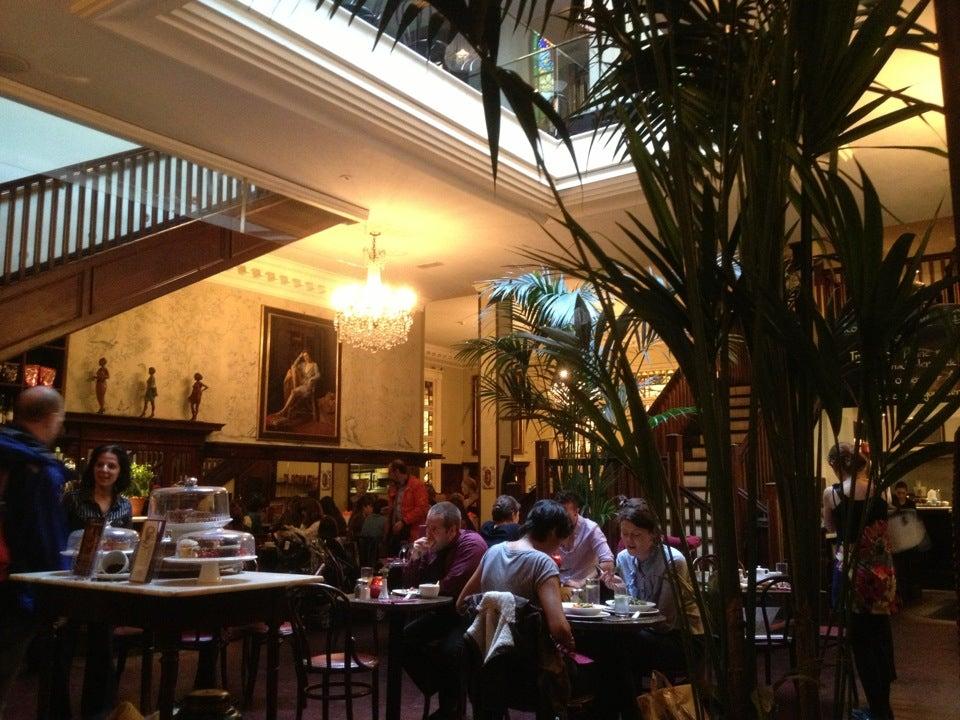 Bewley's Café