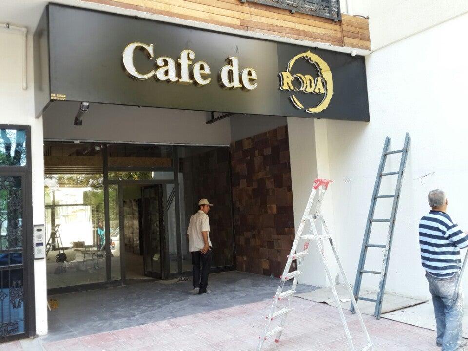 Cafe de Roda