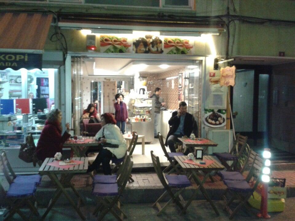 Birinci Profiterol Cafe
