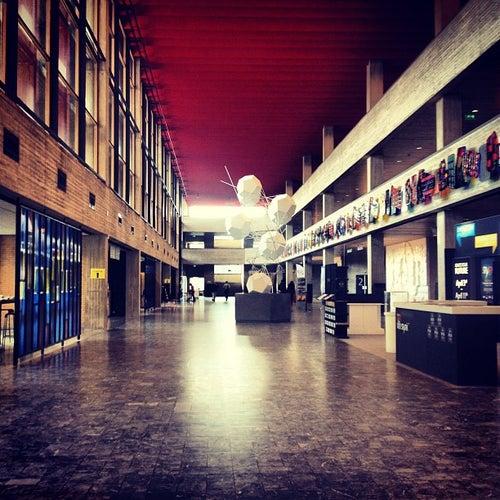 Erasmus University Rotterdam (EUR)