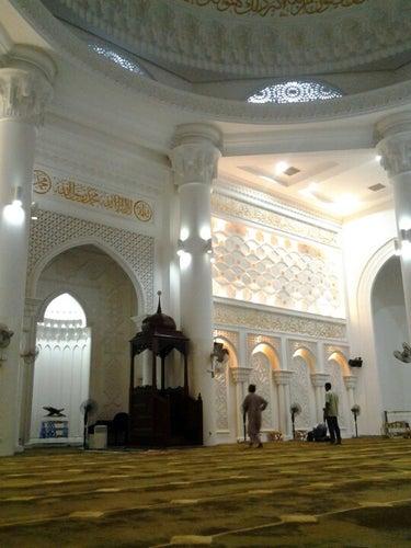 Masjid Al-Bukhary (مسجد البخاري)