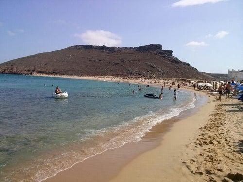Πάνορμος (Panormos Beach)