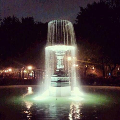 Square Saint-Louis