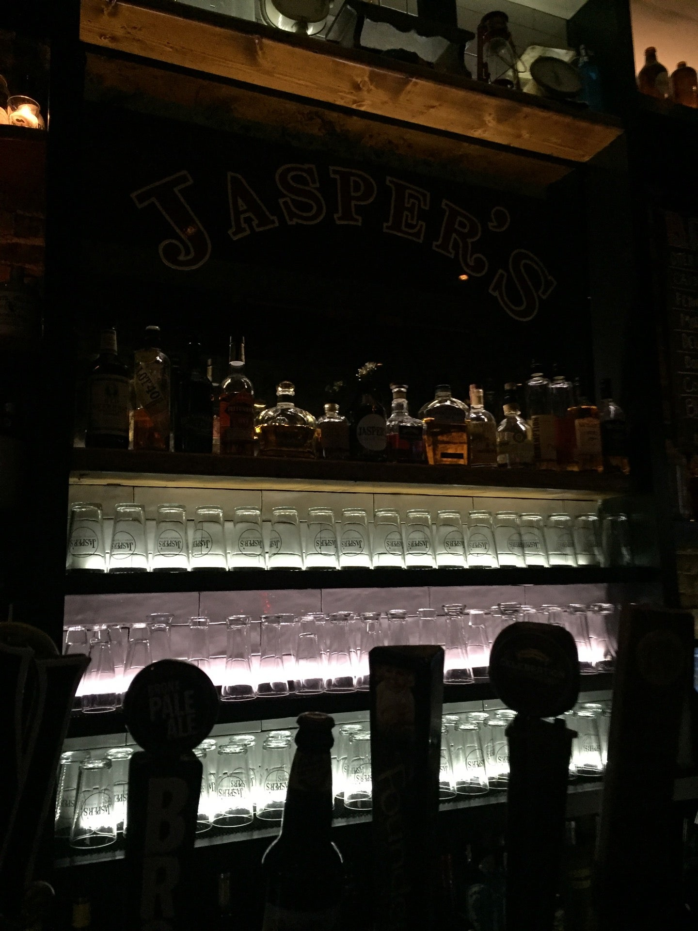 Jaspers Bar And Kitchen,