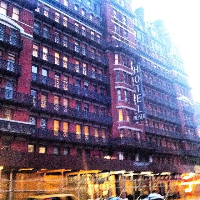 Chelsea Savoy Hotel,
