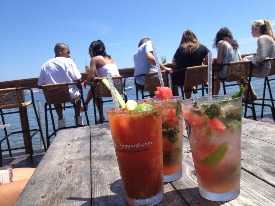 Acua Bar,cocktail,margarita,mojito,outdoor,waterfront