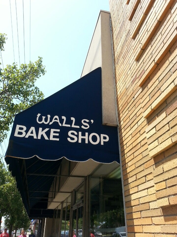 WALLS BAKE SHOPPE,cookies, coffee, bakery