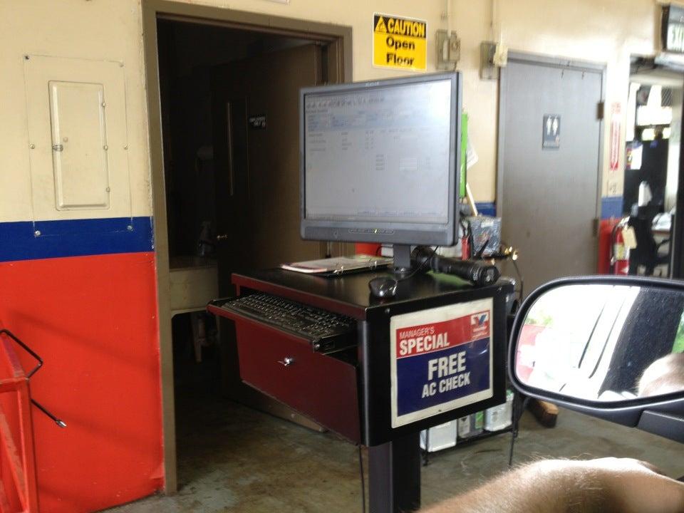 Valvoline Instant Oil Change,car repair,oil change