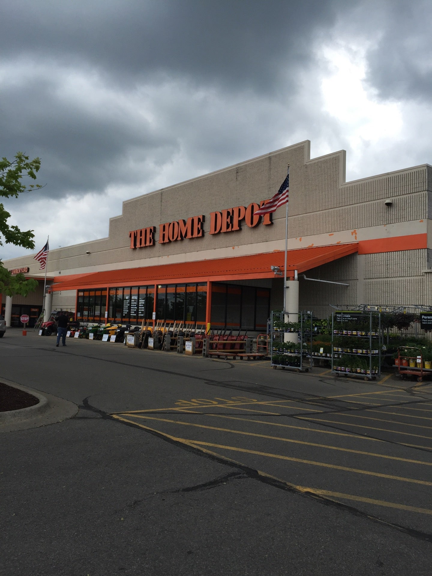 The Home Depot,hardware,home depot