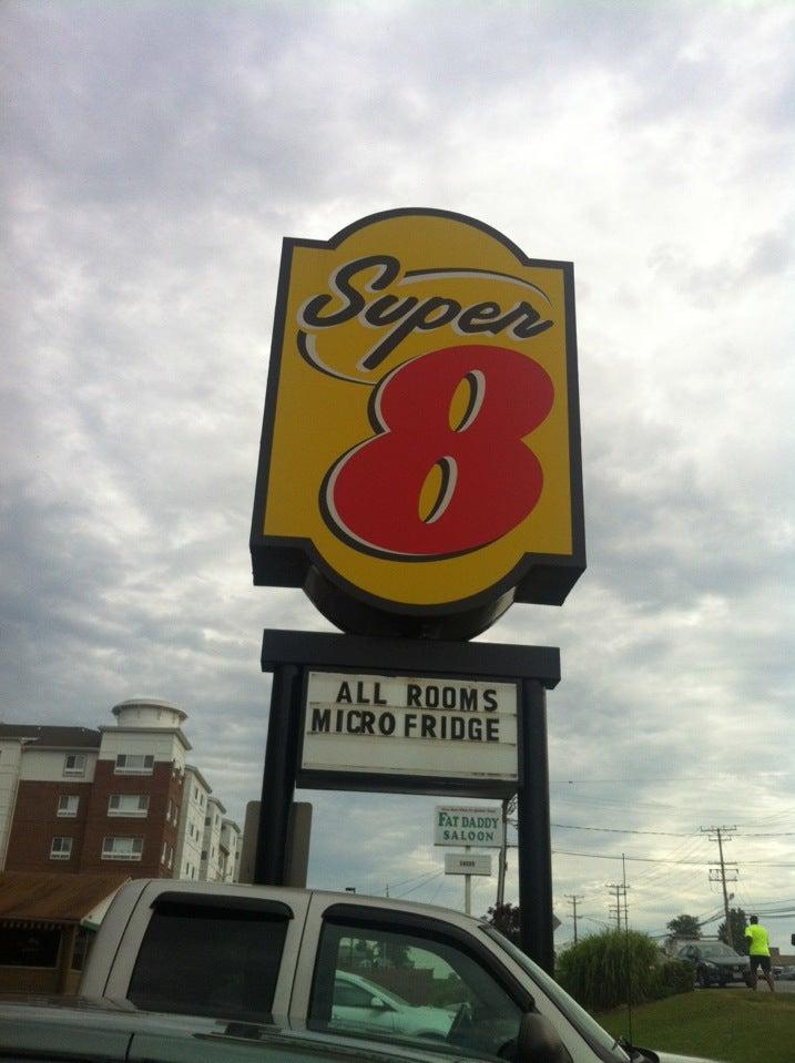 Super 8 Motel,
