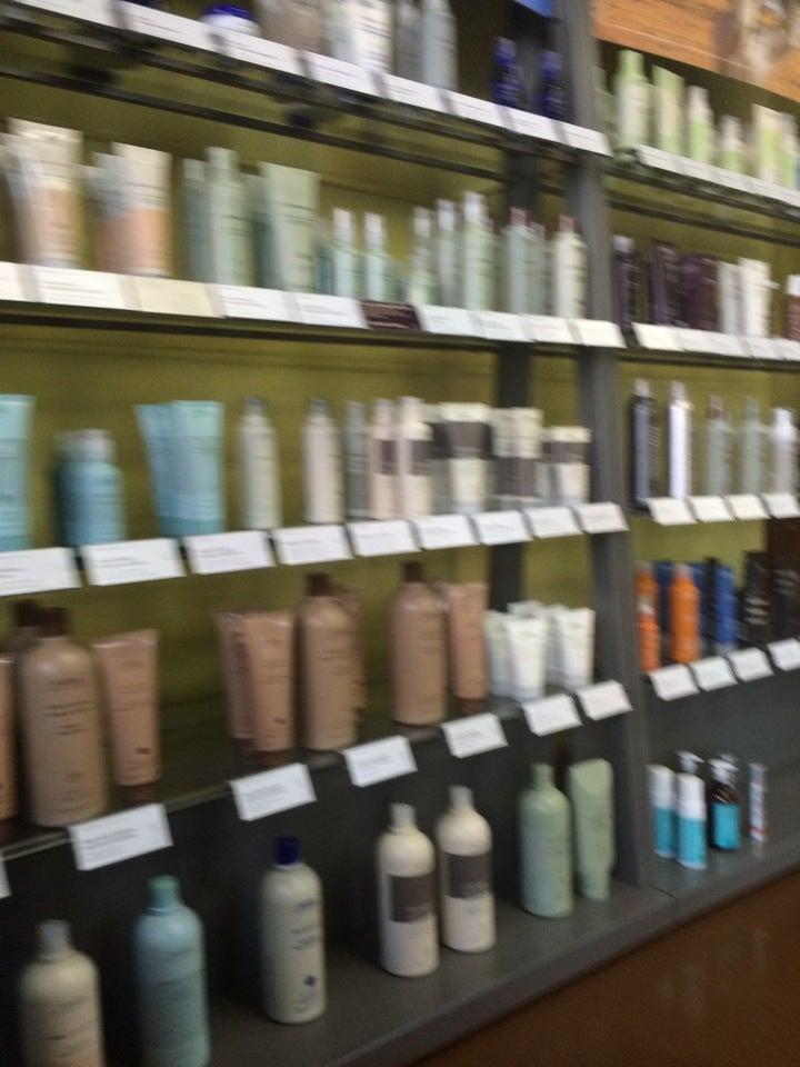 Fuzion Hair Studio,hair coloring,hair studio,smyrna village,women & men cuts