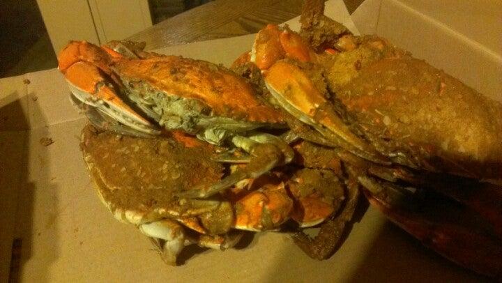 Barracuda's Seafood Pub,