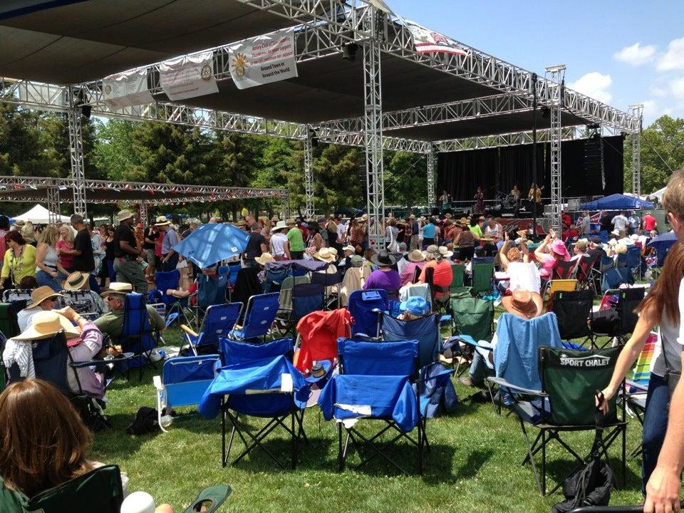 Rancho Santa Susana Community Center & Park
