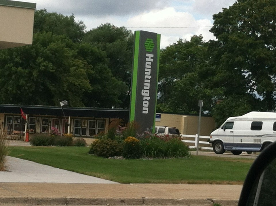 Huntington Bank,