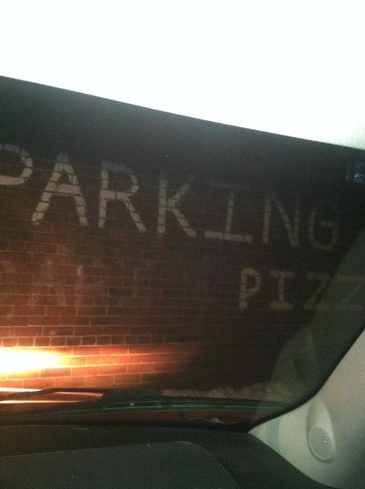Di Salla's Pizza Parlor,
