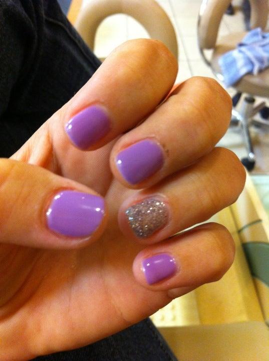 Rose Nails,