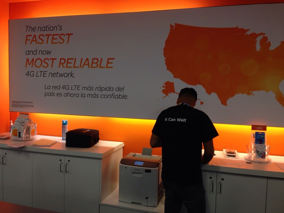 AT&T Mobility,cellular store