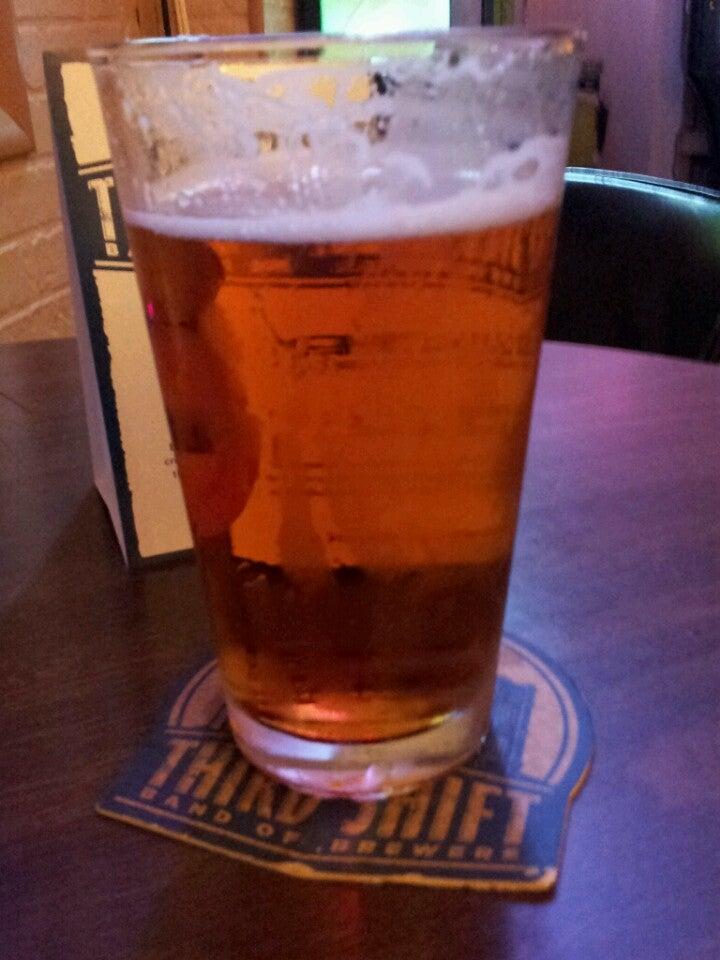 UNCLE JOE'S BAR & GRILL,beer,dive,draft,redneck