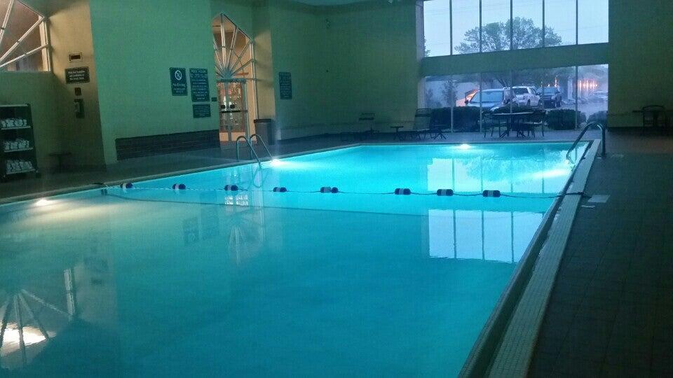 La Quinta Inn Appleton Fox River Mall Area,