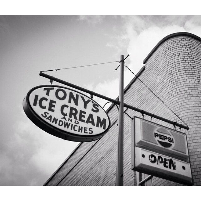 Tony's Ice Cream Company,diner,ice cream,livermush,milkshakes,restaurant