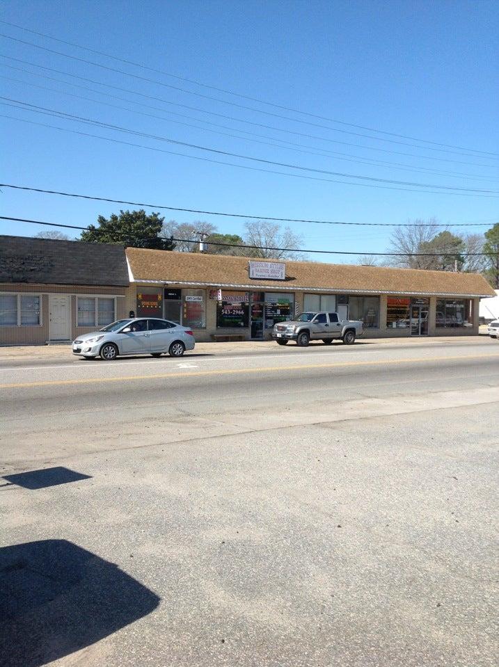 Mission Stlyes Barber Shop,