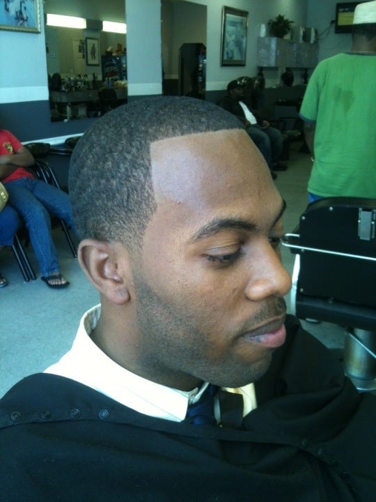Ultimate Style Barber & Beauty Salon,