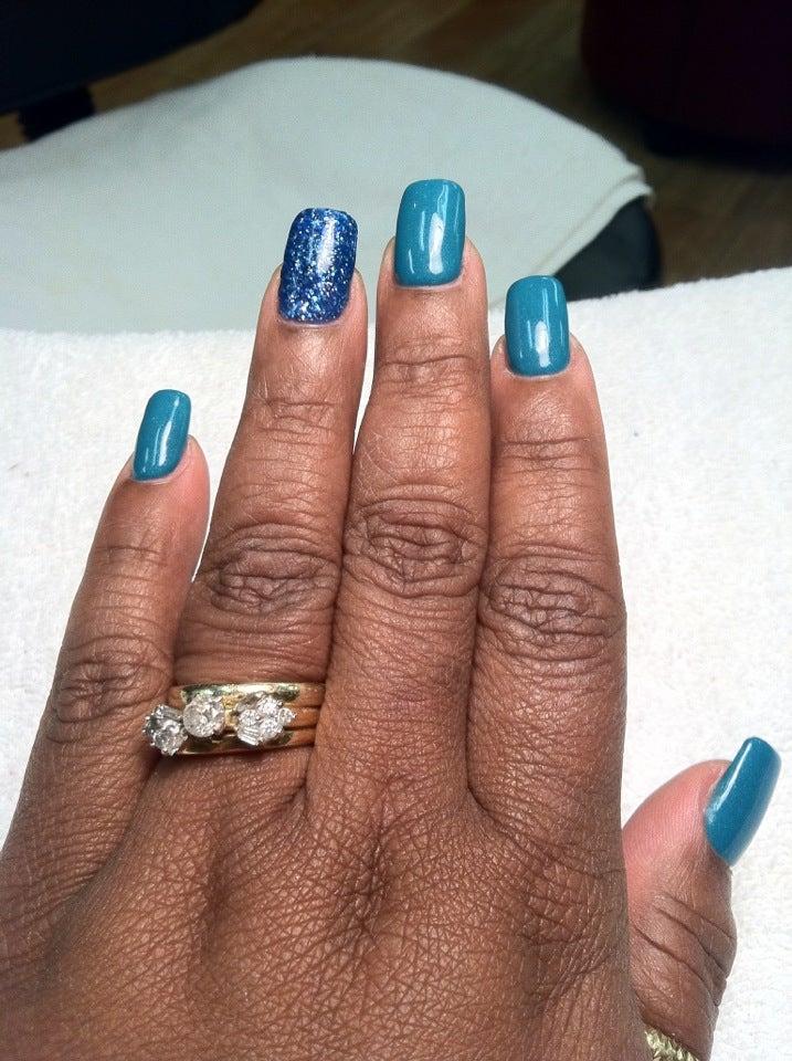 Miss Nails,