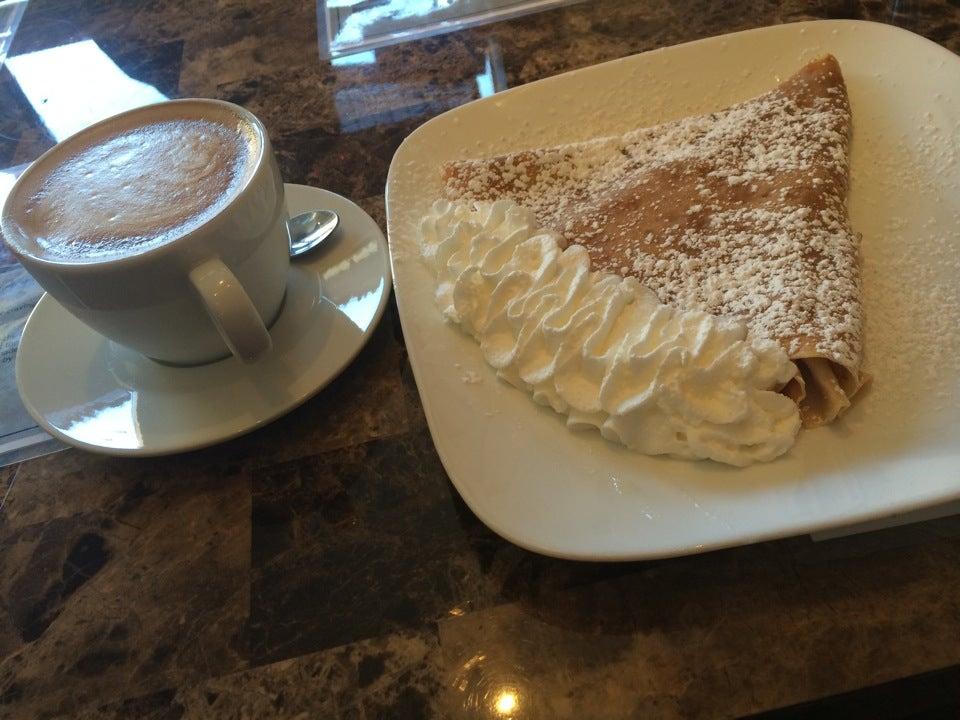 Cafe Versailles,