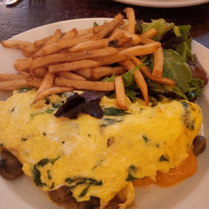 Edward's,breakfast,brunch,dinner,douchebags,lunch,puma social hot spot