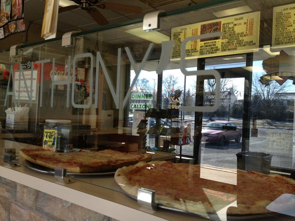 Anthony's Pizza,