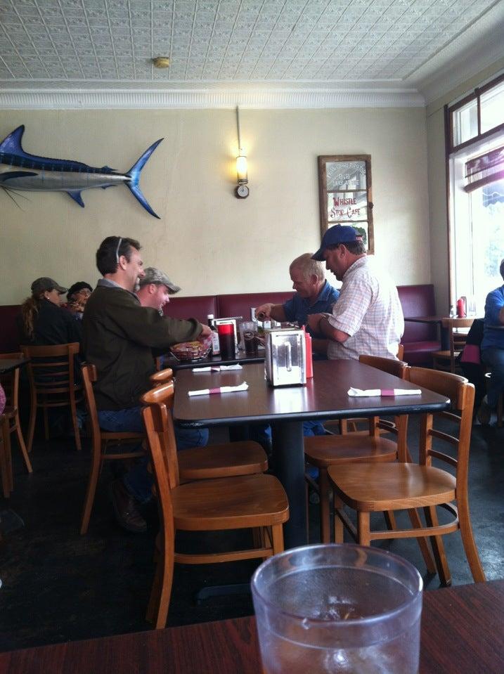 Brick House Eatery,diner,restaurant