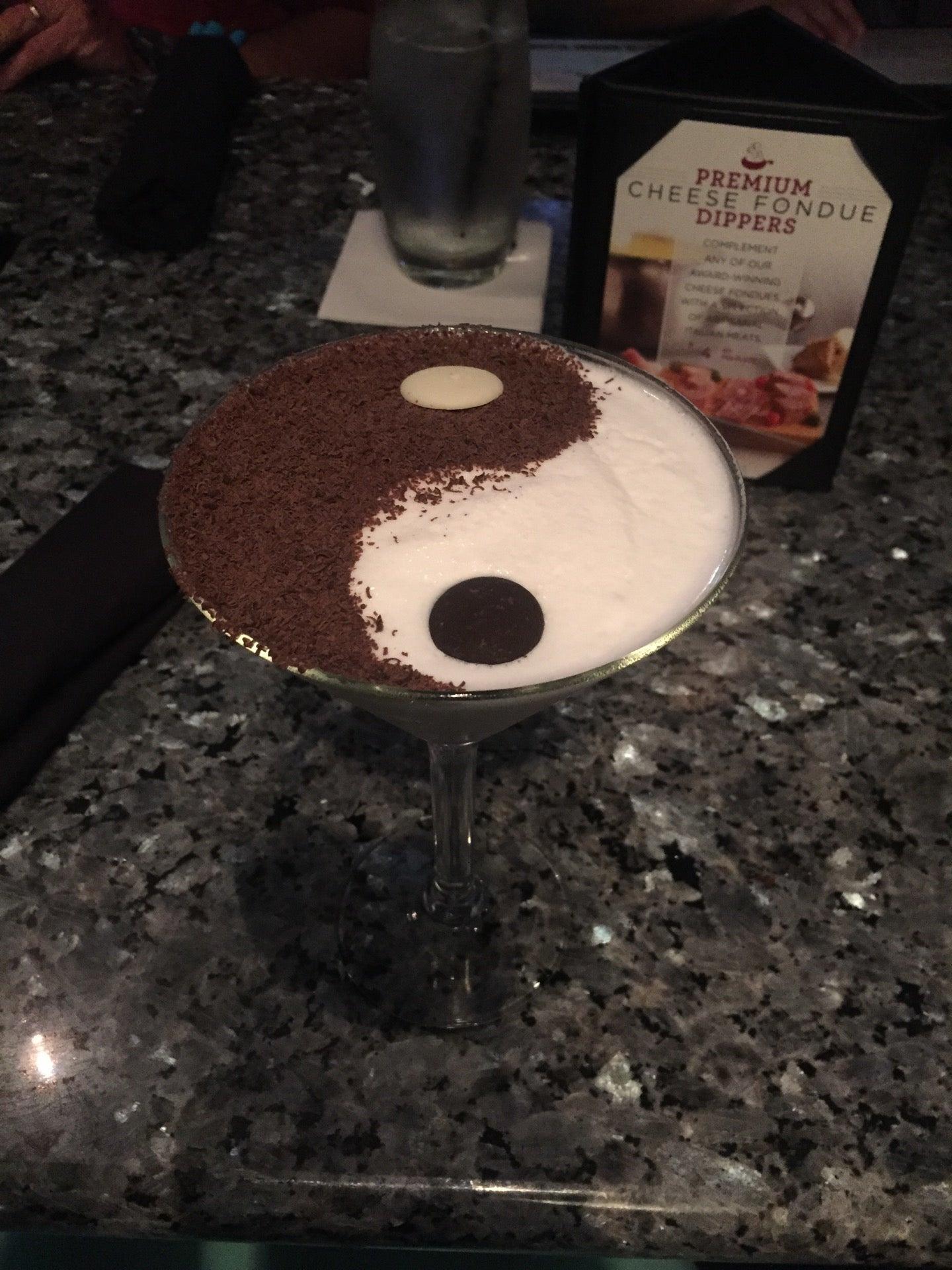 The Melting Pot,fondue - duh!