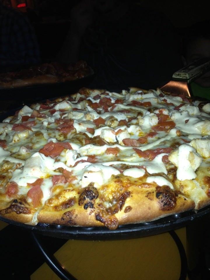 Spinoz'a Gormet Pizza,