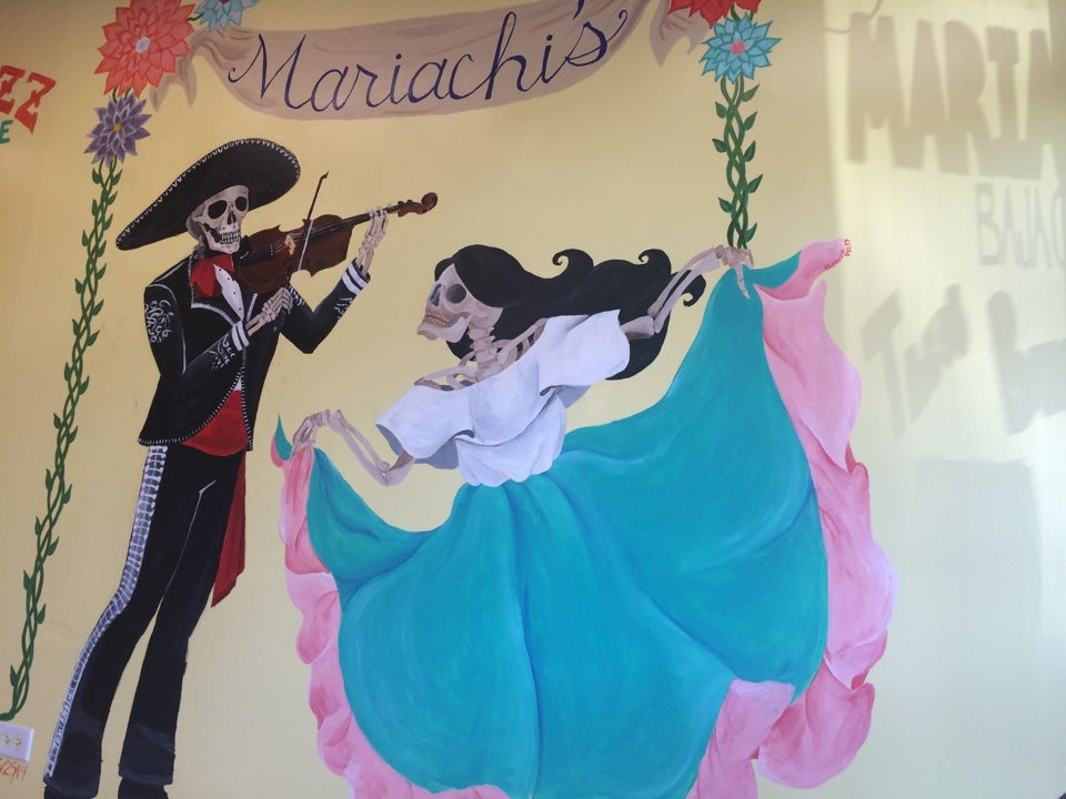 Mariachi's Baja Grill,
