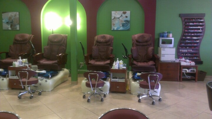 Cindy Nails & Spa,
