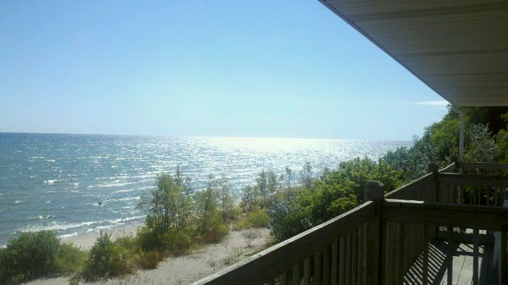 Algoma Beach Motel,