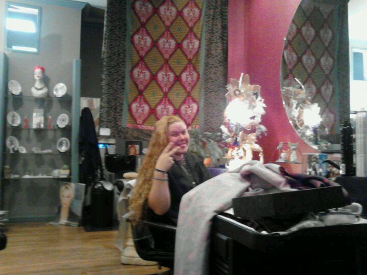 Joanie Lamb Hair Salon,