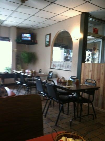 Lori's Kountry Kafe,