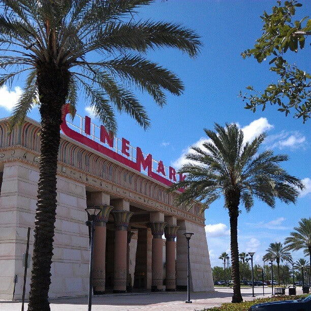 Cinemark Paradise 24
