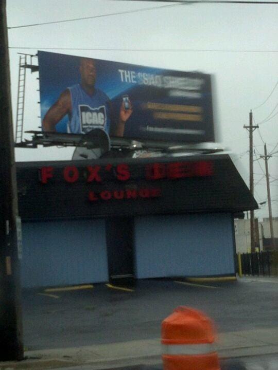 FOX'S DEN,gyt