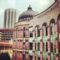 Perpustakaan Kuala Lumpur (library)