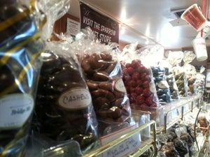 Ladag Apricot Store